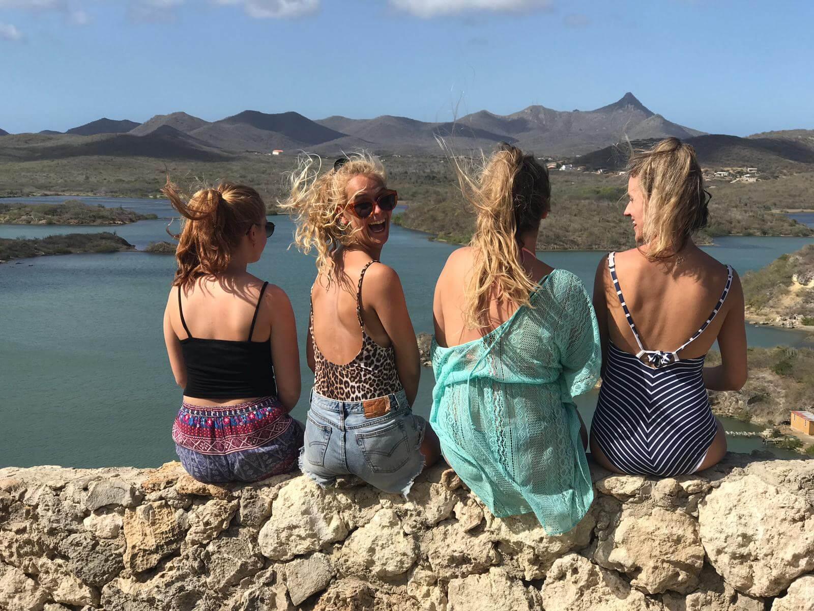 studenten op Curacao